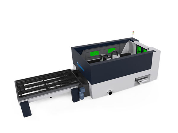 2000w high power laser cutting machine , fabric cutting equipment
